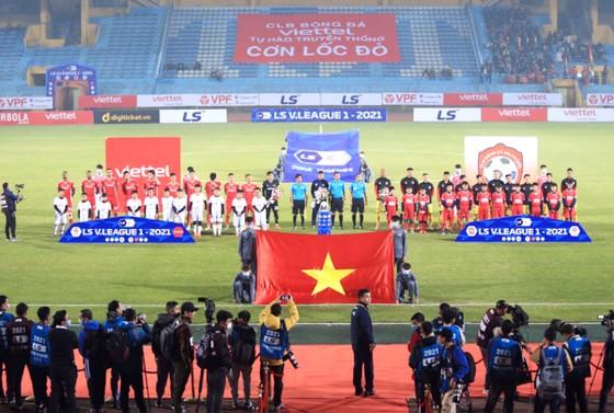 Trận đấu giữa Viettel và Hải Phòng tại LS V-League 2021.