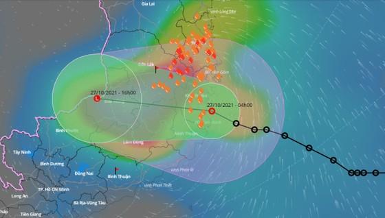 Áp thấp nhiệt đới gây mưa to đến rất to ở Nam Trung bộ và Tây Nguyên