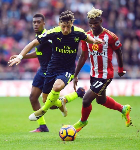 Arsenal - Sunderland: Còn nước, còn tát ảnh 1