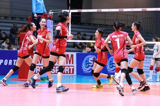 Đội tuyển U23 nữ Việt Nam cầm chắc tấm vé nhì bảng F. Ảnh: Thiên Hoàng