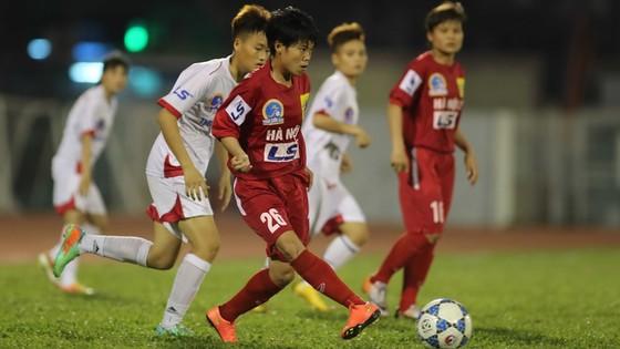 """Hà Nội I có """"cơn mưa"""" bàn thắng để giành chiến thắng chung cuộc 4-0. Ảnh: Dũng Phương"""