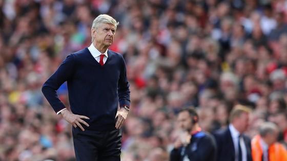 Arsene Wenger sẽ phải kết thúc mùa giải tồi tệ nhất sự nghiệp?