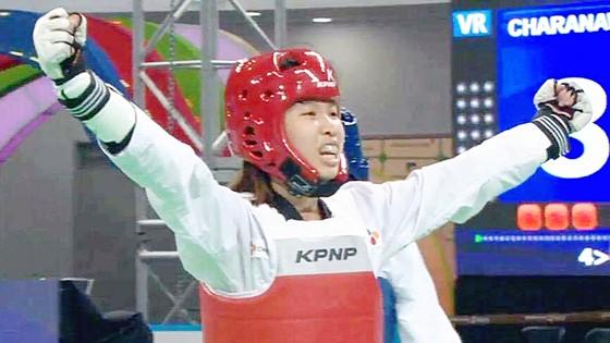 Niềm vui của Kim Tuyền sau khi đánh bại tuyển thủ Thái Lan ở bán kết