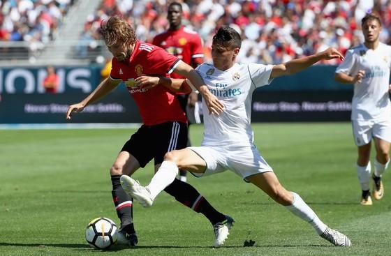 Real Madrid - Man.United: Lần đầu cho Mourinho? ảnh 2