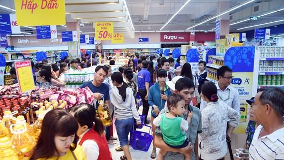Co.opmart Chu Văn An tấp nập khách mua hàng khuyến mãi  ảnh 1