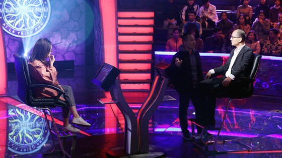 Nhà báo Phan Đăng làm MC Ai là triệu phú thay MC Lại Văn Sâm ảnh 1