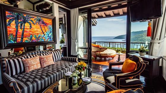 Ca sĩ Leona Lewis cùng bạn trai đón năm mới tại InterContinental Danang Sun Peninsula Resort ảnh 2