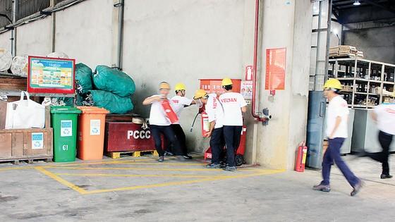 Công ty Vedan Việt Nam tích cực thực tập phương án chữa cháy và cứu nạn cứu hộ ảnh 1