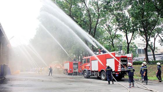 Công ty Vedan Việt Nam tích cực thực tập phương án chữa cháy và cứu nạn cứu hộ ảnh 3
