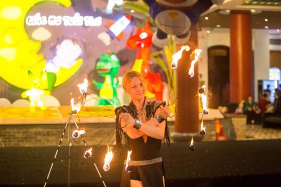 Hàng ngàn đèn lồng sẽ thắp sáng Sun World Danang Wonders suốt một tháng ảnh 6