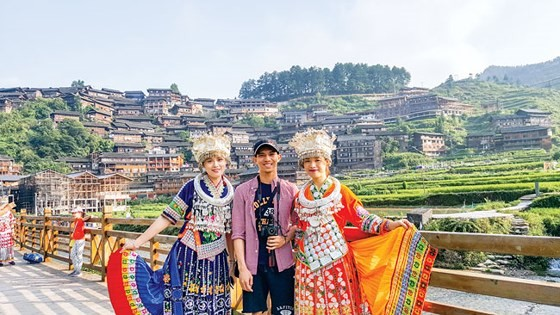 Độc đáo miêu làng Tây Giang Trung Quốc ảnh 1