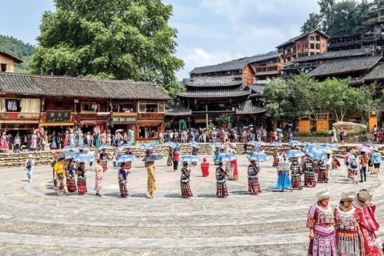 Độc đáo miêu làng Tây Giang Trung Quốc ảnh 4