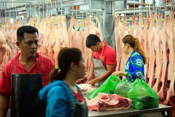 Chợ đầu mối Bình Điền: Kiểm soát chặt chất lượng thịt các loại ảnh 4