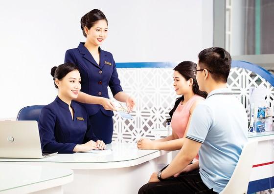 Nâng cao chất lượng sản phẩm dịch vụ ngân hàng - không chỉ có khách hàng hưởng lợi ảnh 1