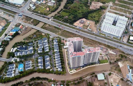Vì sao giá nhà đất tại khu Đông TPHCM không ngừng tăng? ảnh 2