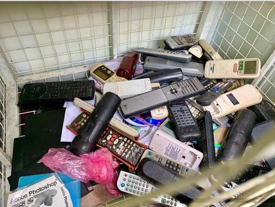 'Chúng tôi nhận rác thải nguy hại' ảnh 1