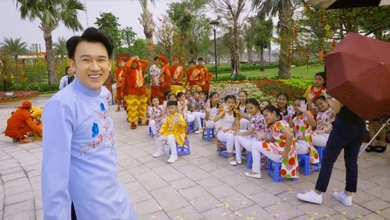 Dương Triệu Vũ bật mí hậu trường MV Tết với bối cảnh hoành tráng và thời gian thực hiện kỷ lục ảnh 2