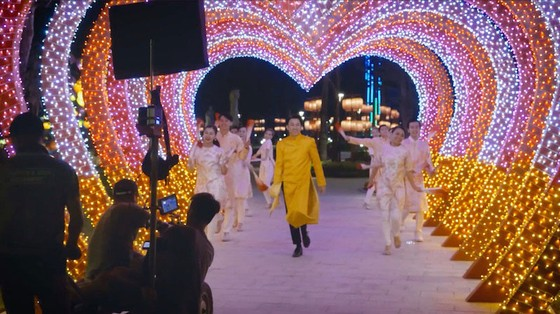 Dương Triệu Vũ bật mí hậu trường MV Tết với bối cảnh hoành tráng và thời gian thực hiện kỷ lục ảnh 7