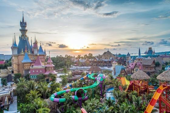 Du lịch Phú Quốc – 'diều gặp gió' nhờ những điểm đến nghỉ dưỡng – mua sắm – giải trí mới ảnh 1