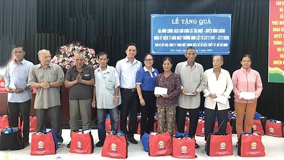 Công ty XSKT TPHCM tổ chức các hoạt động kỷ niệm Ngày Thương binh - Liệt sĩ 27-7 ảnh 3