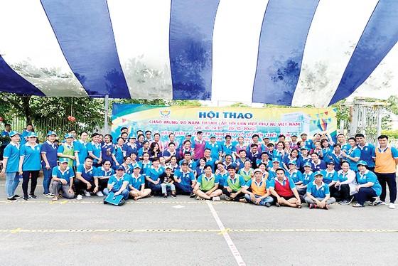 Hội thao chào mừng 90 năm Ngày thành lập Hội Liên hiệp phụ nữ Việt Nam và 42 năm Ngày thành lập Công ty XSKT thành phố Hồ Chí Minh ảnh 1