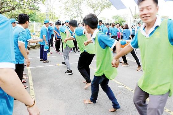 Hội thao chào mừng 90 năm Ngày thành lập Hội Liên hiệp phụ nữ Việt Nam và 42 năm Ngày thành lập Công ty XSKT thành phố Hồ Chí Minh ảnh 3