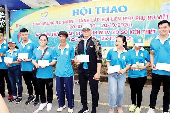 Hội thao chào mừng 90 năm Ngày thành lập Hội Liên hiệp phụ nữ Việt Nam và 42 năm Ngày thành lập Công ty XSKT thành phố Hồ Chí Minh ảnh 7