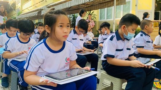 Học sinh trải nghiệm văn hóa, lịch sử TPHCM ảnh 1