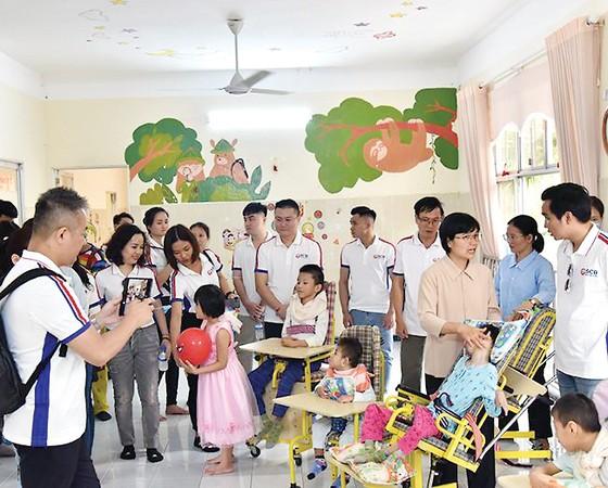 SCB làm thiện nguyện đầu năm ở ba mái ấm huyện Củ Chi ảnh 1