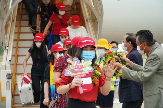 Vietjet khai thác loạt đường bay mới đến Đảo Ngọc xinh đẹp đón mùa hè sôi động ảnh 5