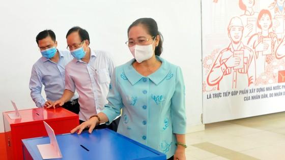 Chủ tịch HĐND TPHCM Nguyễn Thị Lệ: Chủ động 4 phương án bỏ phiếu trong lúc phòng chống dịch ảnh 1