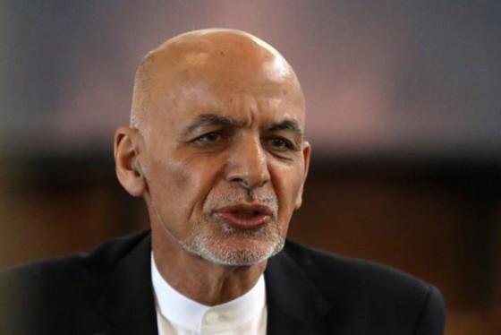 Mỹ đạt thỏa thuận với Taliban về các chuyến bay sơ tán ảnh 1