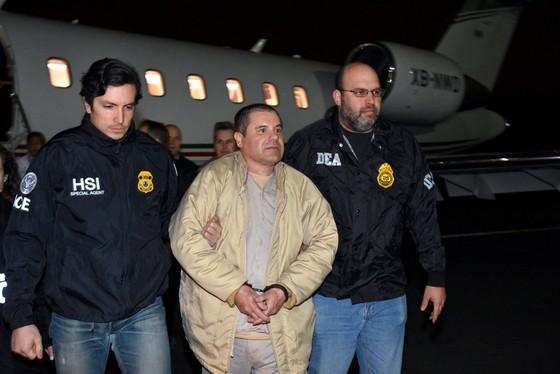 """Phiên tòa khổng lồ xử trùm ma túy """"El Chapo"""" Guzman ở Mỹ ảnh 1"""