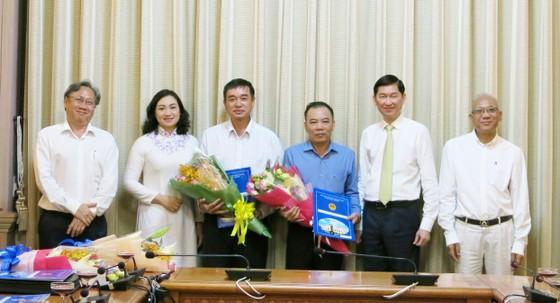 TPHCM trao đồng loạt quyết định nhân sự 4 Ban quản lý mới ảnh 2