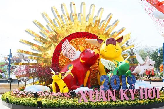 Phát cuồng với những góc check-in tại Lễ hội hoa xuân Sun World HaLong Complex ảnh 1
