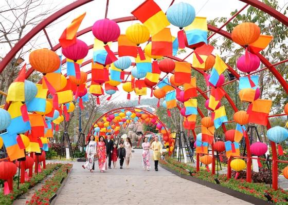 Phát cuồng với những góc check-in tại Lễ hội hoa xuân Sun World HaLong Complex ảnh 3