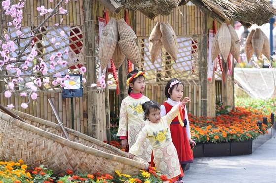 Phát cuồng với những góc check-in tại Lễ hội hoa xuân Sun World HaLong Complex ảnh 6