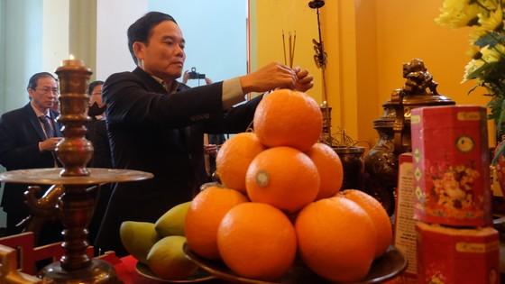 Phó Bí thư Thường trực Thành ủy TPHCM thăm Đại sứ quán Việt Nam tại Nga ảnh 1