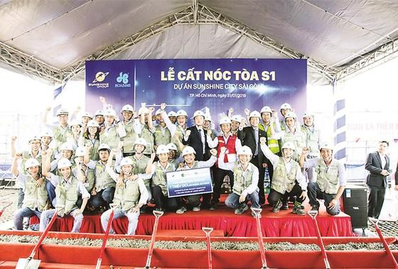 Tòa tháp S1 dự án SunShine City Sài Gòn do Công ty CP  Tập đoàn Xây dựng Hòa Bình thi công vượt tiến độ 35 ngày ảnh 1