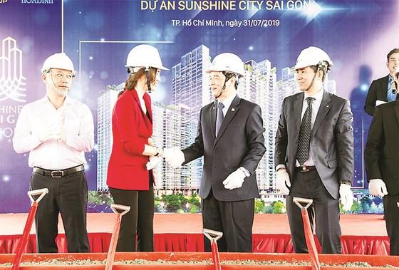 Tòa tháp S1 dự án SunShine City Sài Gòn do Công ty CP  Tập đoàn Xây dựng Hòa Bình thi công vượt tiến độ 35 ngày ảnh 2