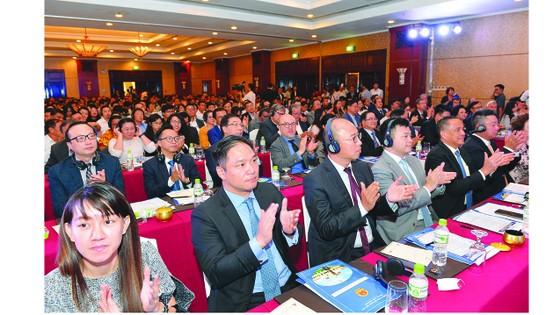 'Bà mối' dắt nhà đầu tư nước ngoài vào TPHCM ảnh 1