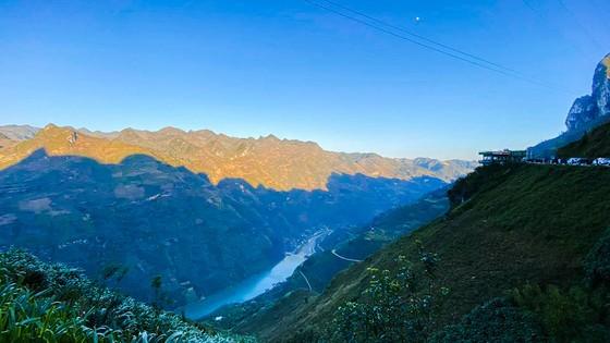 Hành trình Caravan kỷ lục khám phá vẻ đẹp vùng đất địa đầu tổ quốc ảnh 9
