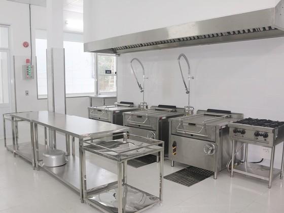 Nhật Bản viện trợ xây bếp ăn mẫu tại TPHCM ảnh 1