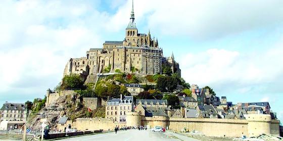 Mỗi tuần một điểm đến: Nhật ký Mont Saint Michel ảnh 1