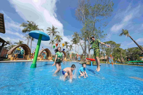 Khai trương công viên nước Aquatopia tại Phú Quốc ảnh 3
