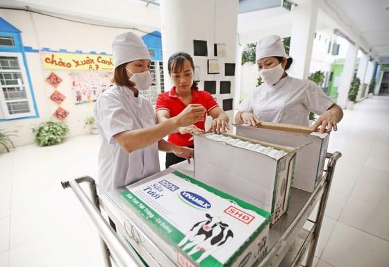 Hà Nội: 91,16% trẻ em tiếp cận chương trình sữa học đường ảnh 1
