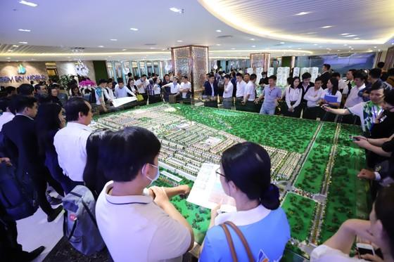 BĐS Long Thành bùng nổ với hơn 1.500 khách đến tham quan dự án Gem Sky World ảnh 2