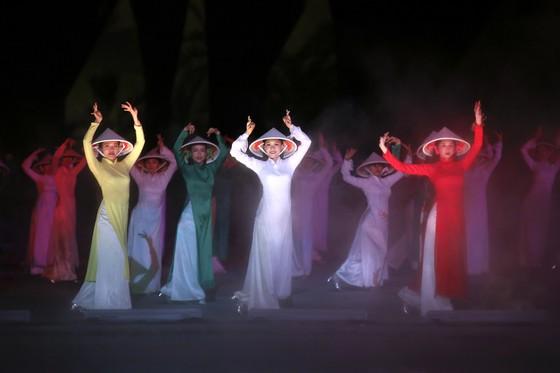 Để áo dài Việt Nam được UNESCO công nhận ảnh 1