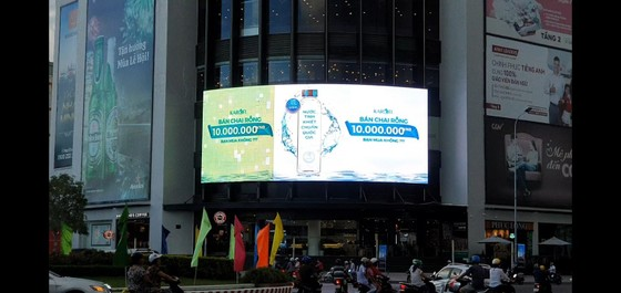 Chai nước giá 10 triệu đồng và chiến dịch truyền thông gây chú ý ảnh 1