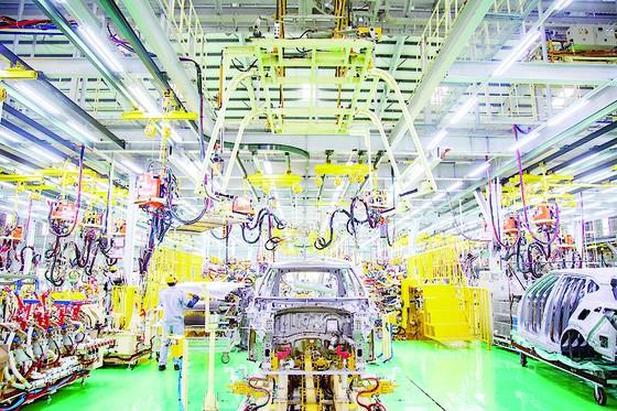 Kia Seltos chính thức xuất xưởng, áp dụng giá mới cho phiên bản Deluxe trong tháng 9-2020 ảnh 2